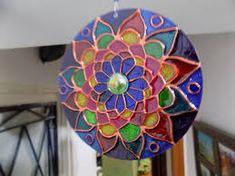 Resultado de imagen para mandalas vitrales en cd Chair, Furniture, Home Decor, Mandalas, Decoration Home, Room Decor, Home Furnishings, Stool, Home Interior Design