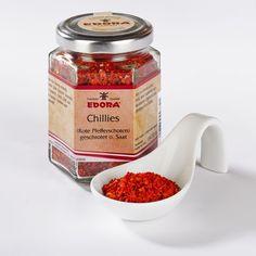 (Rote Pfefferschoten) In der Küche werden Chillies für feurigscharfe, deftige Gerichte, Chili-Saucen, Gemüse, Hackbraten, Gulasch, Fisch, Chili con carne, Pizza sowie Gewürzgurken oder Bohnen verwendet. Neuer...