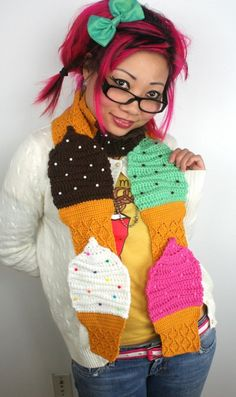 Cupcake scarf FTW