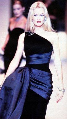 Karen Mulder: Givenchy