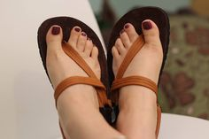 New review of our conductive leather laces from @lexiyoga http://www.lexiyoga.com/earth-runners #earthingshoes