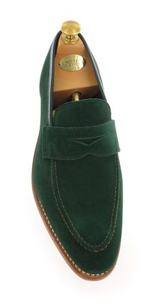 Teign, an unlined version of the penny loafer 'Sydney' made from soft suede with a single rubber sole Suede Shoes, Men's Shoes, Dress Shoes, Older Mens Fashion, Male Fashion, My Beau, Crockett And Jones, Men Formal, Men's Grooming