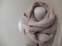 Textured Circle Scarf by Kate Smalley | Project | Knitting / Scarves, Shawls, & Cowls | Kollabora