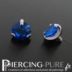 Accessoire microdermal cristal rond griffé bleu de 5mm de diamètre. Piercing Ideas, The Selection, Jewerly, Piercings, Studs, Sapphire, Rings For Men, Lovers, Pure Products