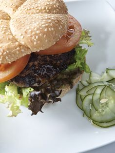 Grilled Beef Adobo Burger with Pickled Cucumber by Chef Junjun de Ocampo Marinated Beef, Grilled Beef, Pandesal, Pickling Cucumbers, Ground Beef, Burgers, Real Food Recipes, Hamburger, Breads