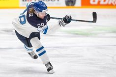 Patrik Laine scored his seventh goal of the tournament. Ice Hockey Teams, Hockey Baby, Hockey Players, Hockey World, Finland, Nhl, Sailing, Boating