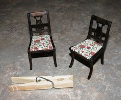 Dollhouse Miniature Arts  Crafts UPHOLSTERY / APPAREL FABRIC William Morris Cray Red