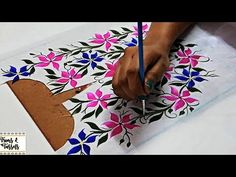 Easy Attractive Flower Painting Design on Kurti Top Neckline Easy Fabric P Fabric Colour Painting, Dress Painting, Fabric Painting, Fabric Art, Painting Art, Saree Painting Designs, Fabric Paint Designs, Painting Patterns, Fabric Design