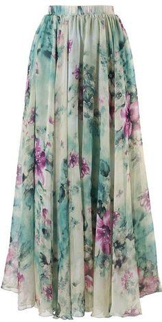 Swishy floral skirt... Prettyy!