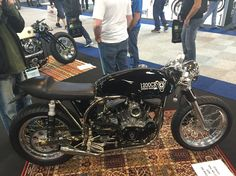 Modified triumph bonneville i think but feel free to correct me. Nice custom tank