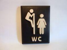 'Guerra de sexos': los rótulos más divertidos que te vas a encontrar al ir al baño