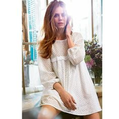 Tunique Brigitte Bardot, White Dress Summer, Summer Dresses, Beautiful Outfits, Beautiful Clothes, Fashion Art, Hairstyle, Dresses With Sleeves, Retro