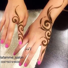 Henna Tattoo Designs Simple, Finger Henna Designs, Modern Mehndi Designs, Mehndi Designs For Beginners, Mehndi Design Photos, Beautiful Henna Designs, Simple Mehndi Designs, Mehndi Simple, Bracelet Tatoo