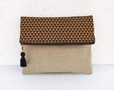 Bolsa lino Boho bolsa de brocade negro y oro triángulo por VLiving