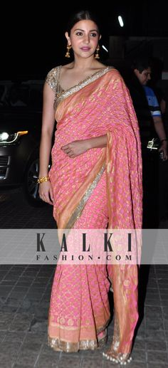Sari collection Indian Attire, Indian Wear, Indian Dresses, Indian Outfits, Ethnic Fashion, Indian Fashion, Saree Dress, Dress Up, Bandhani Saree