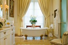 Pierre-Yves Rochon > Projects > Hotels & Spas > Four Seasons Hotel des Bergues