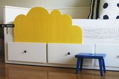 diy toddler bed rail. shaped like a cloud for ikea hemnes daybed.