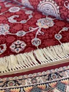 Traditional Area Rugs, Modern Traditional, Main Colors, Colours, Rug Texture, Classic Rugs, Border Design, Red Rugs, Iranian