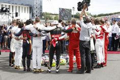 The drivers pre race tribute to Jules Bianchi
