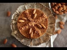 Among the recipes of the month of Ramadan that are prepared in advance sellou or sfo Desserts Français, French Desserts, Crepes, Almond Nut, Ramadan Recipes, Beignets, Confectionery, Granola, Macarons