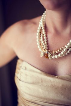 Queen Bee with pearls...if anyone can point to the origin of this necklace, please comment! It's stunning.