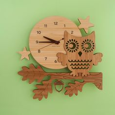 - Description - Contents - Dimensions - Material - Part of the Classic Heirloom Collection , our finely handcrafted Night Owl Bamboo Clock is perfect for a modern woodland animal theme baby nursery or Woodland Baby Nursery, Owl Nursery Decor, Woodland Animals Theme, Animal Nursery, Owl Clock, Owl Kids, Clock For Kids, Kids Clocks, Bamboo Wall