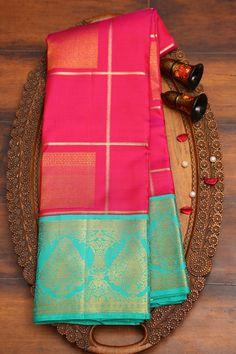 Simple Saree Designs, Simple Sarees, Sari Blouse Designs, Bridal Sarees South Indian, Indian Bridal Outfits, Gold Bangles Design, Gold Earrings Designs, Gold Silk Saree, Wedding Saree Collection