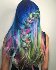 50 Waterfall Braid Inspirations You will Love, These 50 waterfall braids will add some romantic and feminine vibe into your looks. If you are looking for a sophisticated braid, then here you fou. Hair Color 2017, Cool Hair Color, Hair Colors, Pretty Hairstyles, Braided Hairstyles, Unique Hairstyles, Pelo Multicolor, Dyed Hair Pastel, Hair Color For Women