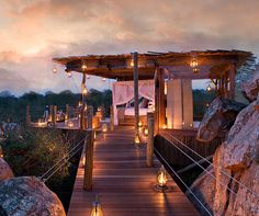 Luxury South Africa safaris are storming ahead http://www.aluxurytravelblog.com/2013/12/18/luxury-south-africa-safaris-are-storming-ahead/