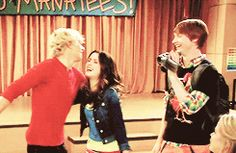 Auslly huge and the austin and dez high five