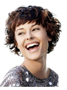 Short wavy hair also look hot when you wear them with an appropriate style. You can try these hairstyles for your short wavy hair. Short Curly Hairstyles For Women, Curly Hair With Bangs, Long Face Hairstyles, Haircuts For Curly Hair, Curly Hair Cuts, Hairstyles Haircuts, Curly Hair Styles, Short Haircuts, Haircut Short
