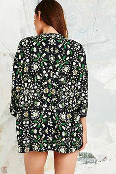 Textile Federation Inflorescence Kimono in Black