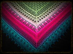 Edlothia Shawl By Jasmin Räsänen - Free Crochet Pattern - (ravelry) Poncho Au Crochet, Poncho Knitting Patterns, Crochet Shawls And Wraps, Shawl Patterns, Crochet Scarves, Crochet Clothes, Crochet Stitches, Crochet Patterns, Crochet Gratis