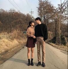 67 Ideas wedding couple clothes boyfriends for 2019 Couple Goals, Cute Couples Goals, Matching Couple Outfits, Matching Couples, Couple Avatar, Korean Couple Photoshoot, Japanese Couple, Mode Ulzzang, Evan