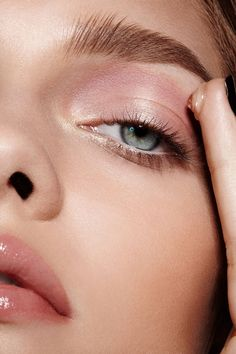 #trend 2015 Fall Couture Week Makeup Trends PEACHY TONES + GLOSS
