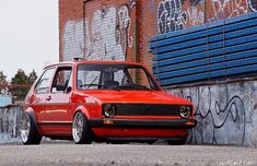 Golf Tips On Chipping And Pitching Volkswagen Golf Mk1, Vw Mk1, Chrome Wheels, Car Wheels, Golf Mk2, Vw Cars, Car Engine, Cool Cars, Online Cars