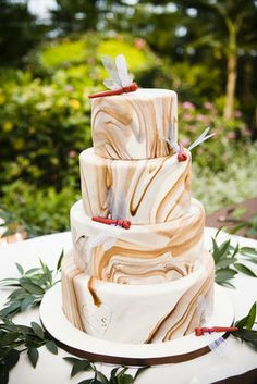 marble, earthy, natural, smooth, dragonfly wedding cake, brown