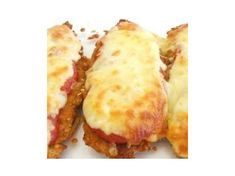 Recipe Chicken Parmigiana by Pingping, learn to make this recipe easily in your kitchen machine and discover other Thermomix recipes in Main dishes - meat. Chicken Parmigiana, 5 Recipe, Canning Tomatoes, Chicken Recipes, Recipe Chicken, 4 Ingredients, Tray Bakes, Food Print, Main Dishes