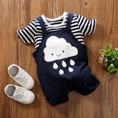 Striped and Adorable Cloud Printed Cotton Tee and Overalls Set in Blue for Baby Cute Baby Boy, Cute Baby Clothes, Cute Babies, Baby Kids, Baby Outfits Newborn, Baby Boy Outfits, Kids Outfits, Baby Boy Fashion, Kids Fashion