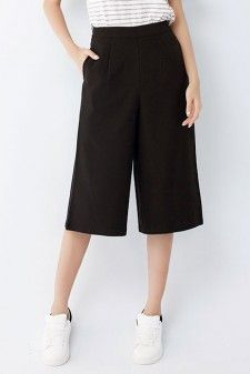 Black High Waisted Culottes Price: USD 23.9 + Free Shipping #black #blackshorts #widelegshorts #blackshorpants