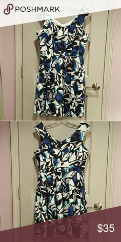 "🌟 Sale 🌟 Donna Ricco Fit and Flare Dress Darling fit and flare style dress by Donna Ricco in a fun geometric print. Semi-textured cotton fabric in shades of aqua, blue, black and white. Add a belt for even more waist definition (belt not included.) Looks great with a cardigan or jacket for shoulder coverage. Fully lined. Bra friendly (has bra keeps). And has pockets!!!  Worn once - excellent pre-owned condition  100% cotton. 100% polyester lining. Machine wash  Approx. 38"" length, 20.5""…"