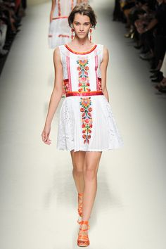 Colorful Energy - My 7 Faves from the Alberta Ferretti Spring 2014 Collection.