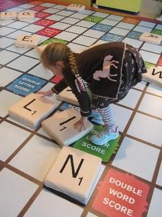 What an interactive process at the Learning through a giant Scrabble game at the Mississippi Children's Museum. Interactive Exhibition, Interactive Walls, Interactive Display, Interactive Installation, Interactive Design, Museum Education, Kids Cafe, Experiential Marketing, Jackson Mississippi