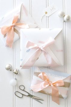 hand painted gift wrapping DIY for books