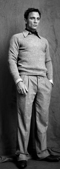 Daniel Craig Daniel Graig, Daniel Craig James Bond, Red Beard, Best Bond, Favorite Movie Quotes, Slick Hairstyles, Dapper Gentleman, Boy Fashion, Actors & Actresses