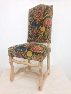 chaise m daillon louis xvi couverte de velours de soie chaise medaillon pinterest louis xvi. Black Bedroom Furniture Sets. Home Design Ideas
