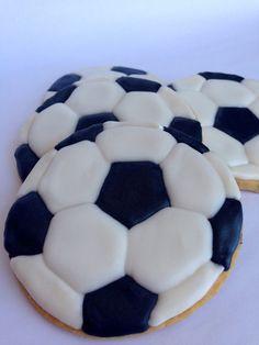 Balón de fútbol galletas 12 favores de galletas por sugarandflour