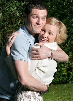Gavin & Stacey: Quirky British Comedy that I love. British Humor, British Comedy, Tv Couples, Couples In Love, Ruth Jones, Uk Tv Shows, Gavin And Stacey, Bbc Tv