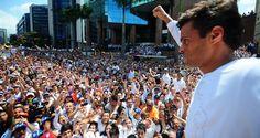 Consideró que Venezuela vive en dictadura, al tener gobernantes que no respeta el sufragio, publica El Nacional El dirigente encarcelado Leopoldo López exh