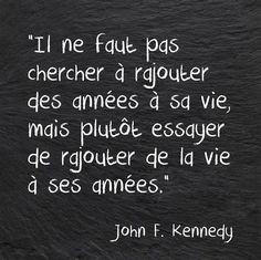 20 trin for at gøre dit liv mere interessant Woody Allen, French Words, French Quotes, Words Quotes, Life Quotes, Sayings, Favorite Quotes, Best Quotes, Quote Citation